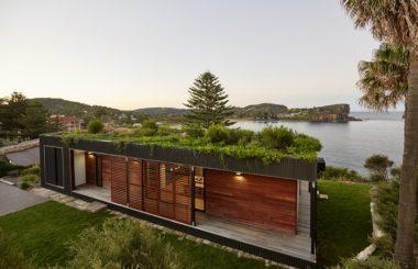 Защищенная гидроизоляция крыши модульного дома — красиво и практично
